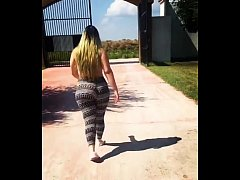 Thick White Girl Walking Candid HD