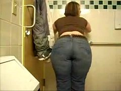 Big White Ass on the Bathroom!