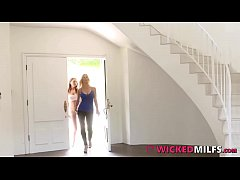 Bad Milf Alexis Fawx Has Lesbo &amp_ 3some Fun With Her Student Quinn Wilde