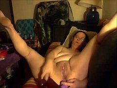Horny Old Amateur With a Squirting Cunt