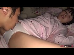 Clip sex Young Asian woken up to get her small body penetrated [Japteenx.com]