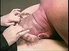 Funny video - bald head in pussy