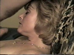 milf from SelfiesMilfs.com loves sucking cock