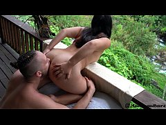 Fucking on the front porch - Andy Savage & SukiSukiGirl