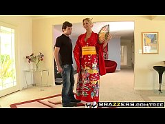 Tall busty milf (Brooke Brand) dress like a Geisha to fuck James Deen in the shower - Brazzers