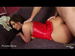 Brunette milf Phoenix Marie blowjob a big dick