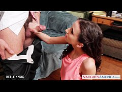 Cute brunette Belle Knox gives blowjob