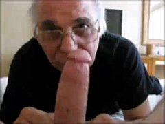 Old Man Sucking on a NIce big one