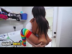 BANGBROS - Ebony Babe Brittney White Rides Pale White Cock In Laundry Room