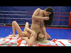 sdNude Fight Club Presents: Larah vs. Diana Stewart