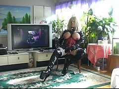 Roxina2009LATexGurlPlay210909XXXL.WMV