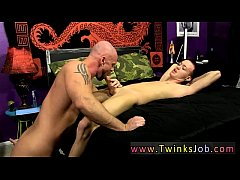 Free twink tube galleries gay porn tv After Chris deepthroats his