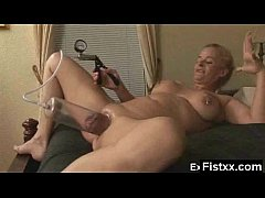 Alluring Fisting Mature Tight Fucked