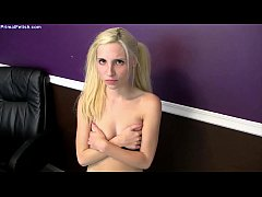 Piper Perri - Sister Busted Sexting