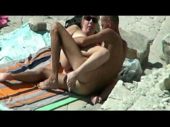 theSandfly Horny Naked Beach Bums!