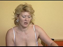 JuliaReaves-XFree - Geile Schachteln - scene 3 - video 3