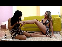 Tonguing Temptations by Sapphic Erotica - sensual lesbian love at it's best
