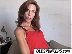 Clip sex Sherry is a skinny mature babe who loves sticky facial cumshots
