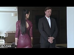 ?Glamkore - Cheating wife Anna Rose fucks her body guard ?