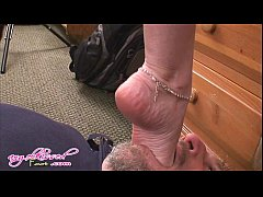 Jannet for foot lovers