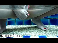 Ladyboy Bell Wet And Wild Stroking