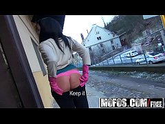 mofos - public pick ups - railin her in the train yard starring clair brooks