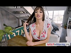 Gorgeous Stepmom Motivates Studying - Lexi Luna