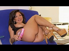 Candice.Cardinelle Issues.At.School wmv.720