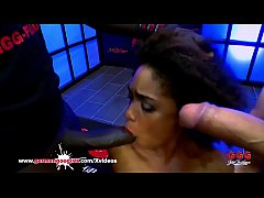 Black babe Luna Corazon loves Sperm - German Goo Girls