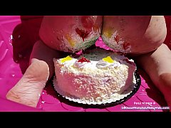 lilkiwwimonster gets super messy on her birthday by smashing a cake under her ass