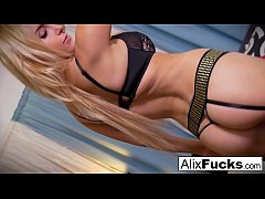 Hottie Alix Lynx plays with a toy in her pussy