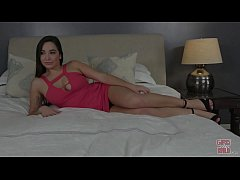 GIRLS GONE WILD - Thick and Sexy Amy Plays With Her Teen Pussy on GGW