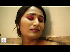 Indian Hot Girl Bathroom Romance - Leaked MMS