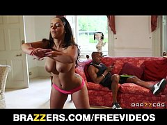 Beautiful French trainer Liza Del Sierra gets a big black cock
