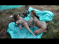 Latina pussy-eating outdoors in Jungle insurgent camp