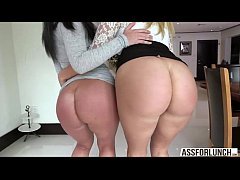 beautiful ladies layla and brittany gets their pussy banged