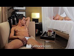 Clip sex GayRoom - Bryan Cole's pierced cock sucked and fucked by Tyler Saint