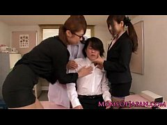 Japanese ligerie sharing a guy - www.cam-hotgirls.blogspot.com