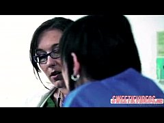 sdLesbian Doctor and patient mature young girl on girl