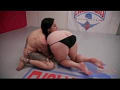 Lesbian Wrestling Fight between busty Jenevieve Hexxx and Johnny Starlight with rough sex for the loser