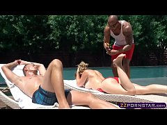 Newlywed blonde chick gets double penetrated outdoor