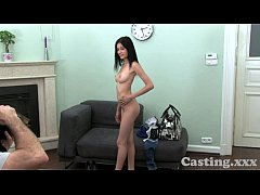 Casting HD Raven hair amateur gets spunk in the eye