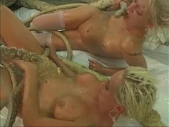 Two blondes tentacles part 1