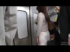 Sex on the bus - Full video at http:\/\/shink.in\/52dpP