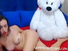 467nice ass Russian babe shaking her booty on webcam sexyprivatecams