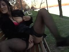 Babe exposed at the park