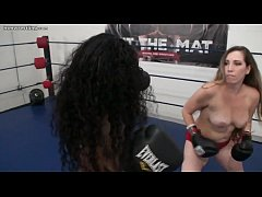 Interracial Foxy Boxing Topless
