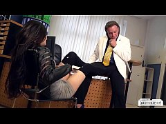 BUMS BUERO - German College babe Lullu Gun gets banged by boss in the office