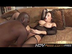 Big Tits Brunette babe in an stocking deep fuck a black cock nd jizzed