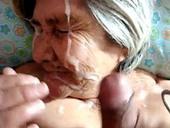 Grandma sucks dick (2)